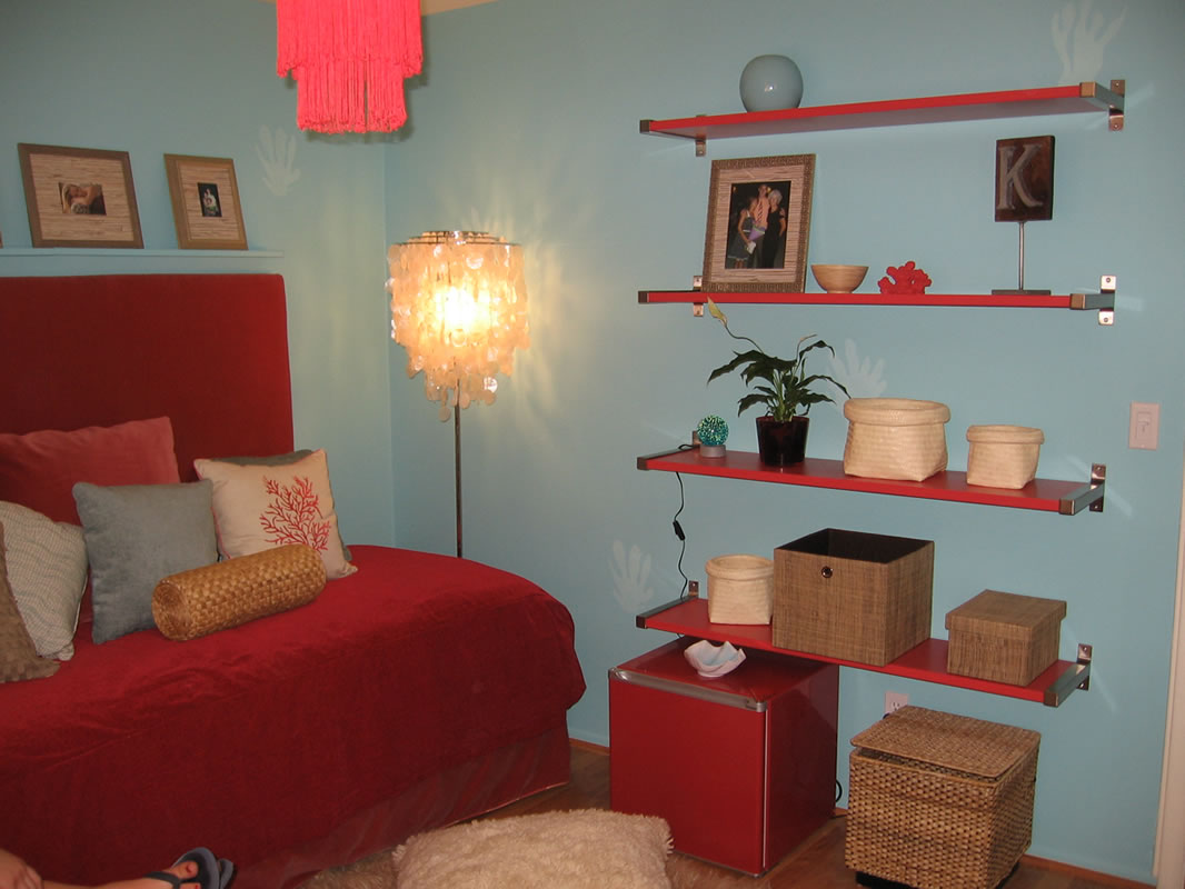 Extreme makeover award winning teen room interior design for Extreme interior design home decor